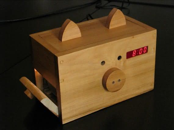 Bacon Alarm Clock, Bacon, despertador de bacon, porco, gadget, aroma de bacon, design, decoração 1
