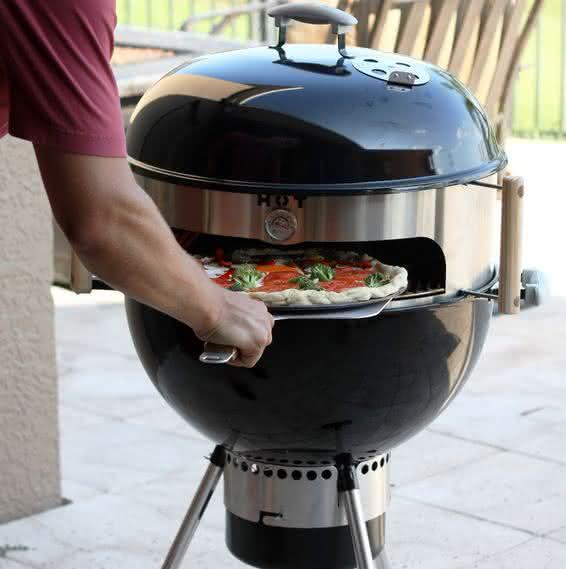 Kettle-pizza, forno-de-pizza-para-churrasqueira, inovacao, design, cozinha, food, por-que-nao-pensei-nisso 1