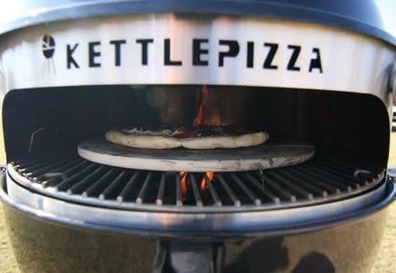 Kettle-pizza, forno-de-pizza-para-churrasqueira, inovacao, design, cozinha, food, por-que-nao-pensei-nisso 5