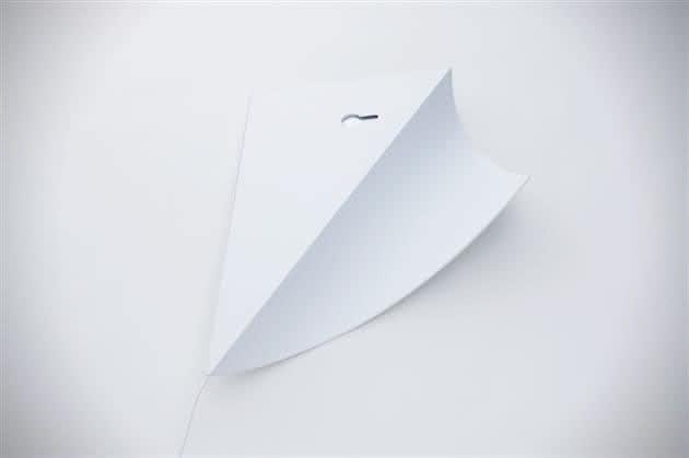 Peel-Wall-Light, luminaria-pagina-virada, luminaria-de-canto, design, inovacao, por-que-nao-pensei-nisso 4