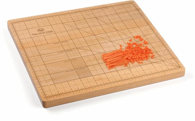 Fred-and-Friends-OCD-Cutting-Board, tabua-de-corte, tabua-de-corte-com-regua, tabua-com-medidas, por-que-nao-pensei-nisso 2