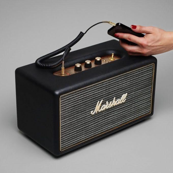 marshall-stanmore-bluetooth-loudspeaker, caixa-de-som-marshall, caixa-de-som-wifi-marshall, porque-nao-pensei-nisso 3