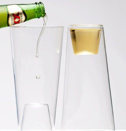 Shot-In-The-Pint, copo-2-em-1, copo-de-cerveja-e-tequila, por-que-nao-pensei-nisso 2