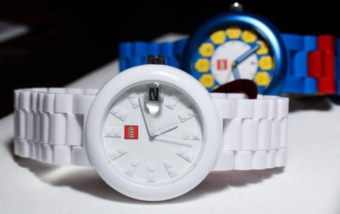 a7a0bdf4f86 Os descolados relógios de pulso da LEGO - Por que não pensei nisso ...