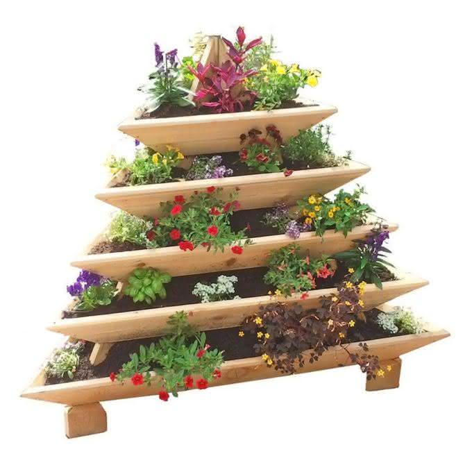 pyramid-garden-planter, plantar-ervas-em-casa, erva-aromatica-em-casa, tempero-erva-casa, horta-em-casa, horta-apartamento, por-que-nao-pensei-nisso3