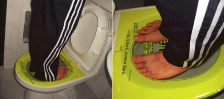 Clogged-Toilet-Solver, desentupidor-de-privada, adesivo-desentupidor-de-privada, como-desentupir-privada, desentupir-canos, desentupidor, privada-entupida, por-que-nao-pensei-nisso 5