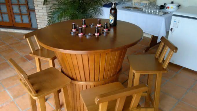 mesa-gelada, cerveja-gelada, como-gelar-cerveja, cerveja-gelo-alcool-sal, gelo-e-alcool-gela-cerveja, como-cerveja-gelada, mesa-com-geladeira, por-que-nao-pensei-nisso 6