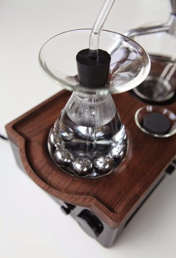 barisieur, despertador-cafeteira, despertadores-inusitados, despertador-cafe-cafeteira-cafezinho, cafe-da-manha-quarto, por-que-nao-pensei-nisso 4