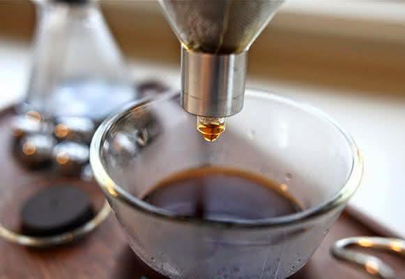 barisieur, despertador-cafeteira, despertadores-inusitados, despertador-cafe-cafeteira-cafezinho, cafe-da-manha-quarto, por-que-nao-pensei-nisso 6