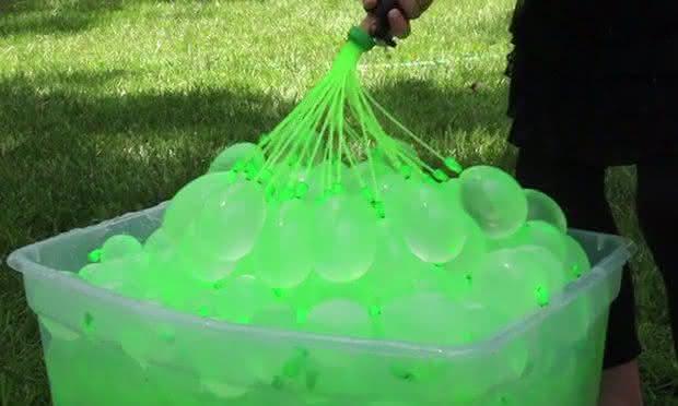 Bunch-O-Balloons, bexiga-de-agua, bexiga-gerra-de-bexiga, guerra-de-agua, por-que-nao-pensei-nisso 2