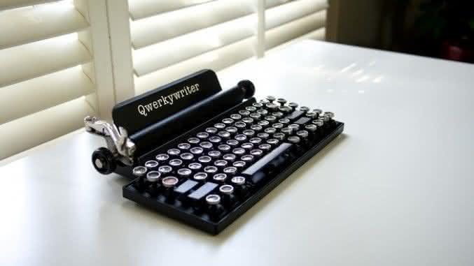 Qwerkywriter-vintage-keyboard, teclado-para-ipad, teclado-para-ipad-retro-vintage, teclado-vintage, por-que-nao-pensei-nisso 3