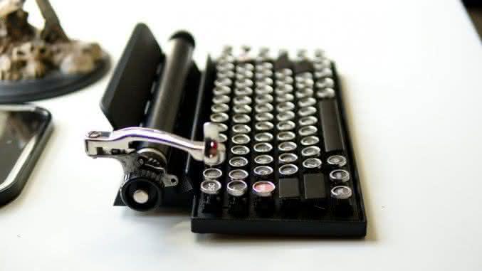 Qwerkywriter-vintage-keyboard, teclado-para-ipad, teclado-para-ipad-retro-vintage, teclado-vintage, por-que-nao-pensei-nisso 5