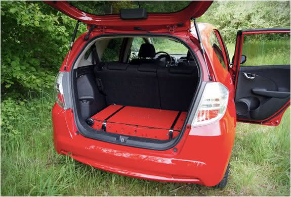 swissroombox-camper-suitcase, RoomBox-freeTech, cama-para-acampar, cama-carro, acampar, barraca-camping-carro, cama-para-camping, acampamento, por-que-nao-pensei-nisso 3