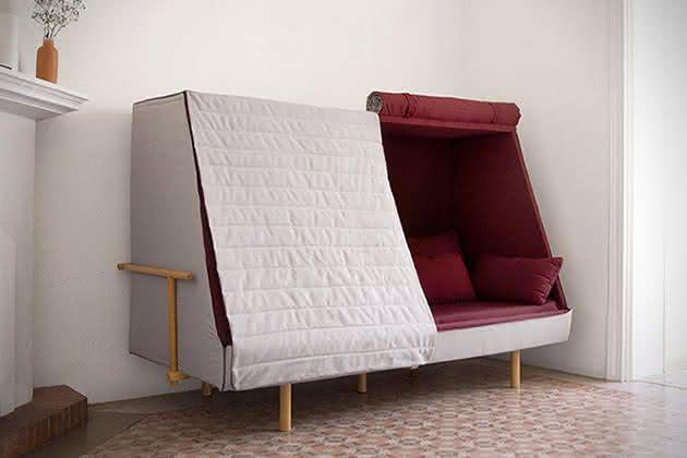 O sof que se transforma em uma barraca no meio da sua for Sofa que se transforma em beliche