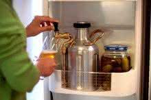 uKeg-Pressurized-Portable-Growler, chopeira-portatil, gela-cerveja, cerveja-gelada, como-gelar-cerveja-rapido, cerveja-quente, por-que-nao-pensei-nisso
