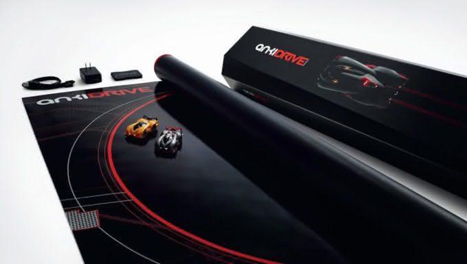 Anki-DRIVE-Starter-Kit, autorama-smartphone, autorama-iphone-ipad, corrida-carrinho-controle-remoto, por-que-nao-pensei-nisso