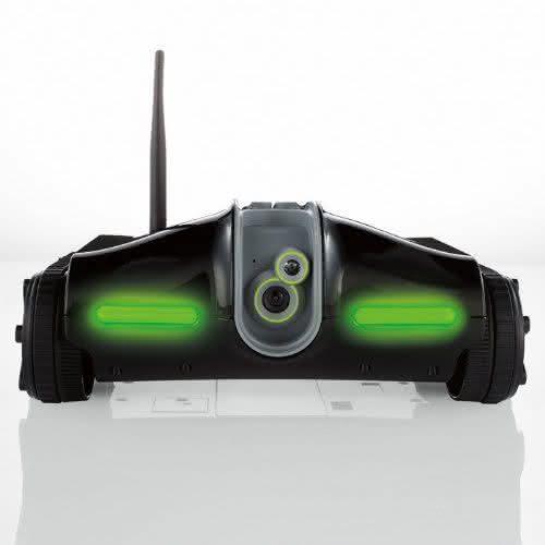 Rover-2-0-App-Controlled-Wireless-Spy-Tank, carro-controle-remoto-ipad, controlado-por-ipad, controle-de-ipad-iphone, por-que-nao-pensei-nisso 1