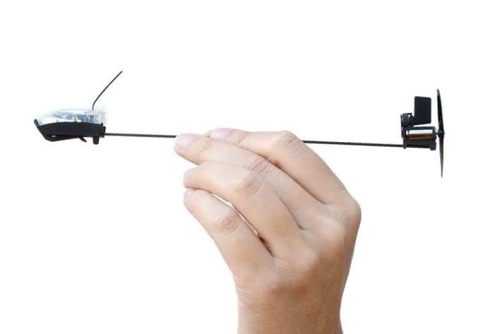 powerup-3-0-smartphone-controlled-paper-airplane-controle-aviao-de-papel-pelo-iphone-aviaozinho-de-papel-motor-para-aviao-de-papel-por-que-nao-pensei-nisso-5
