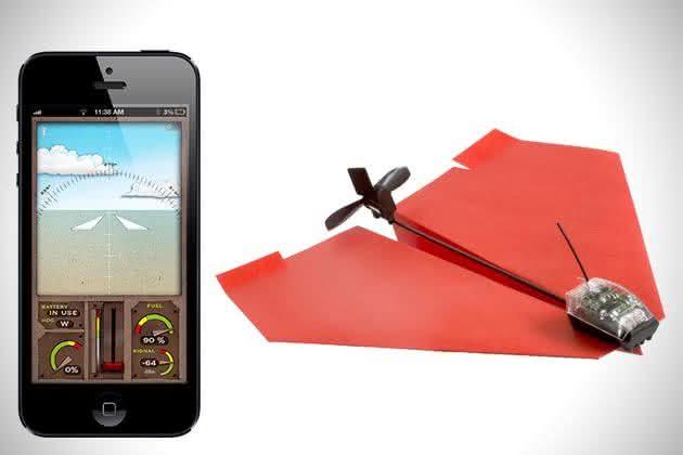 powerup-3-0-smartphone-controlled-paper-airplane-controle-aviao-de-papel-pelo-iphone-aviaozinho-de-papel-motor-para-aviao-de-papel-por-que-nao-pensei-nisso