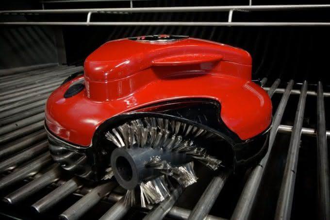 Grill-Cleaning-Robot, robo-limpa-grelha, como-limpar-grelha-churrasqueira, grelha-de-churrasqueira, limpeza-do-churrasco, limpa-grelha, por-que-nao-pensei-nisso 6