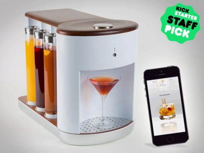 Somabar-Robotic-Bartender-For-The-Home, bartender-particular, somabar-drinks, drinks-praticos, drink-facil, brinde-2015, por-que-nao-pensei-nisso 5