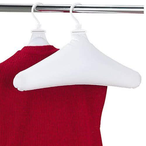 inflatable-hangers, cabide-inflavel, cabide-compacto, cabide-mala, cabide-roupa, roupa-amassada, desamassar-roupa-cabide, viagem, por-que-nao-pensei-nisso 3