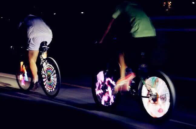 balight, luz-de-pneu, iluminacao-led-bike, luz-para-bicicleta, luz-bike, led-iluminacao-bike, bicicleta, bike-led, bike-iluminada, por-que-nao-pensei-nisso, pnpn 2