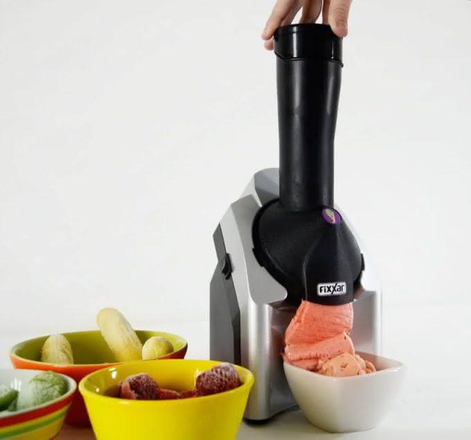 sorveteira-easy-cream-fixxar-sorveteira-fruta-sorvete-sorvete-de-fruta-sorvete-natural-por-que-nao-pensei-nisso-1