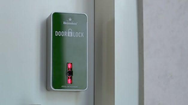 heineken-the-door-lock, fechadura-heineken, beer-door-lock, heineken-abre-portas, por-que-nao-pensei-nisso, pnpn 5